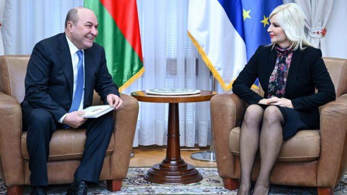 Mihajlovićeva sa ambasadorom Azerbejdžana o izgradnji autoputa 2