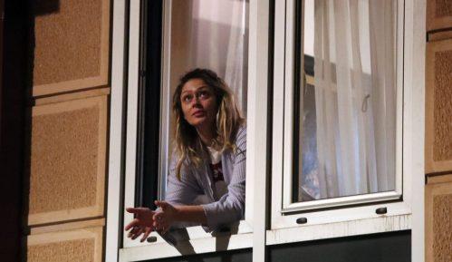 Kontakt i rad sa korisnicima i strankama u Centru za socijalni rad u Kragujevcu kroz prozor 1