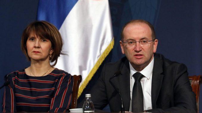 Gojković: Navodi da zaposleni u KCV nemaju zaštitnu opremu su laž i politikanstvo 3