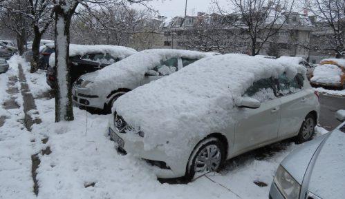 Sneg otežava vožnju na putevima u većem delu Srbije 10