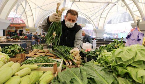 Vranje: Manja ponuda svežeg povrća i voća 13