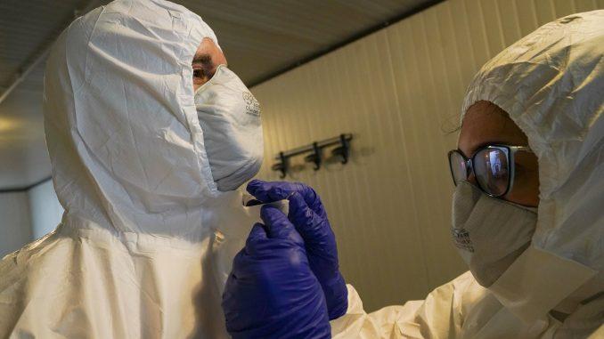 Još 610 osoba umrlo u Italiji od korona virusa, manji pritisak na bolnice 2