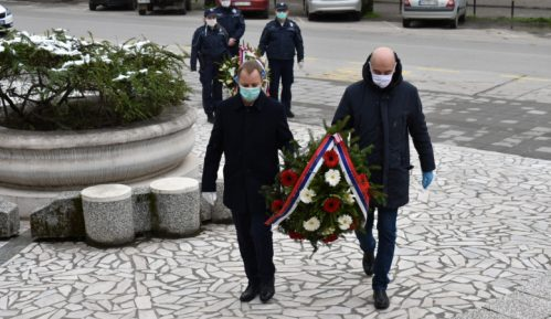 Položeni venci na spomenik Sloboda povodom godišnjice bombardovanja 4