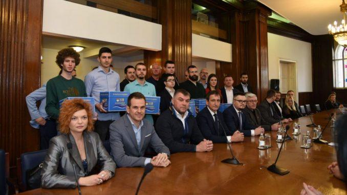Koalicija Za Kraljevinu Srbiju: Zabraniti naplatu dugova za komunalije preko sudskih izvršitelja 3