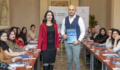 """Počinje kampanja """"Rana udaja nije deo romske kulture – Upoznaj ne sudi"""" 8"""