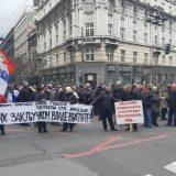 Penzioneri i bivši radnici PKB opet blokirali saobraćaj u Beogradu 12