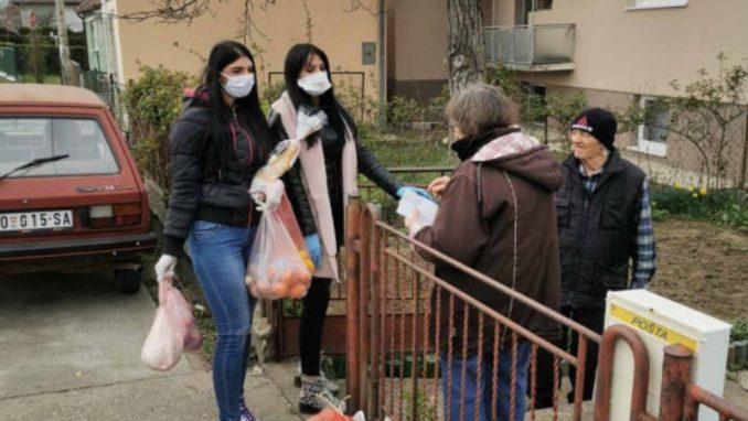 Volonteri Požarevca pomažu najstarijim sugrađanima 1