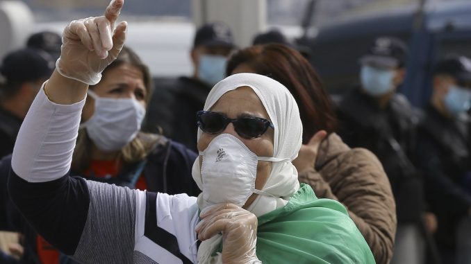 U Alžiru održan 56. protest protiv vlasti 1
