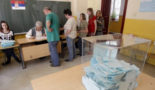 Posmatrači Agencije za borbu protiv korupcije nadgledaju izbornu kampanju 4