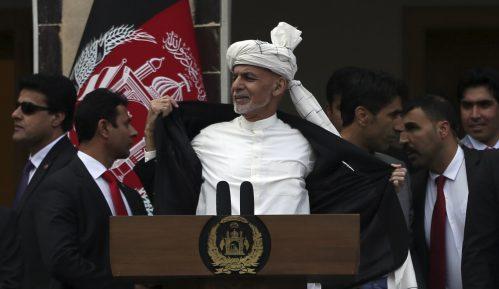 Institucionalna kriza u Avganistanu, Gani i Abdulah se obojica proglasili predsednicima 5