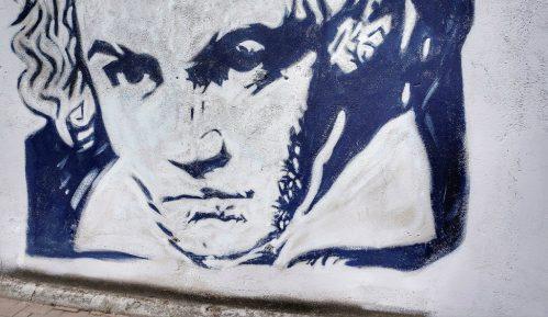 VOICE: Zbog promocije manifestacije RTV izmislio romansu između Betovena i žene iz Pazove 6