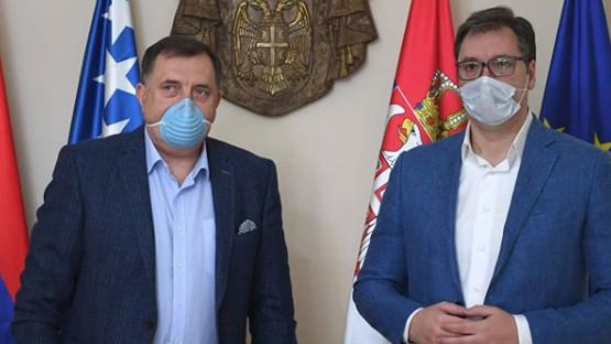Sastali se Vučić i Dodik, slikali se sa maskama protiv korona virusa 3