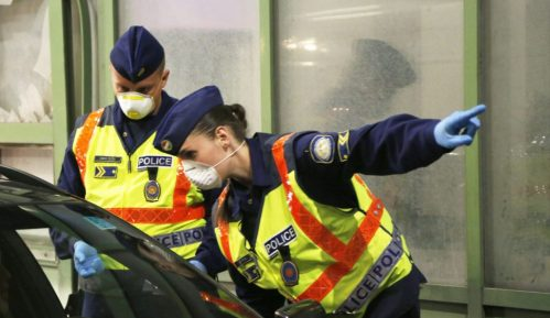 Mađarska policija hapsi kritičare postupanja vlasti tokom panemije 24