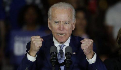 Bajden pobedio i u Teksasu, devet od četrnaest država, Sanders u Kaliforniji 7