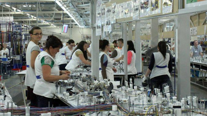 """Kompanija """"Leoni"""" privremeno obustavlja proizvodnju u Nišu 2"""