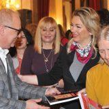 Vesić povodom 8. marta ugostio 1.800 žena iz Skupštine grada 2