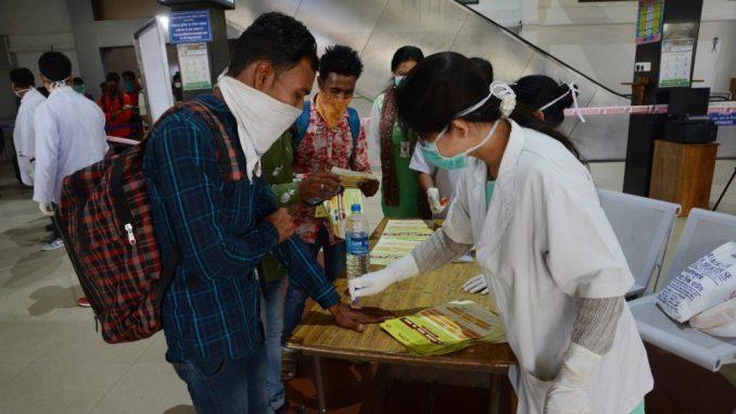 U Indiji više od 2,3 miliona zaraženih korona virusom 1
