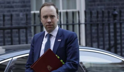 Posle premijera Džonsona i britanski ministar zdravlja pozitivan na korona virus 8