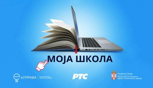 Počela onlajn nastava za đake osnovnih i srednjih škola u Srbiji 11
