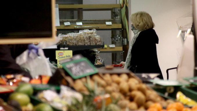 Vesić: Sutra odluka da prodavnice vikendom rade do 13 časova 1