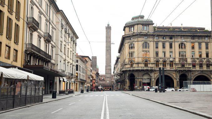 U Italiji više od 8.000 ljudi stradalo zbog korona virusa 3