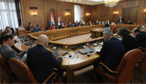 Vlada: Zabrana kretanja od 17 do pet ujutru, šetnja ljubimaca od 20 do 21 sat 14