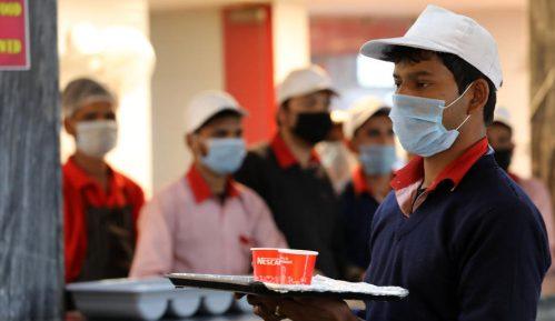 U Indiji posle novog dnevnog rekorda broj zaraženih premašio 4,6 mliona 13