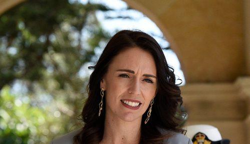Novozelandska premijerka mirno nastavila TV intervju u sred zemljotresa 4