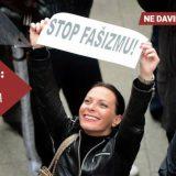 Novinarki Nova S Ani Lalić probušili gumu na automobilu 12
