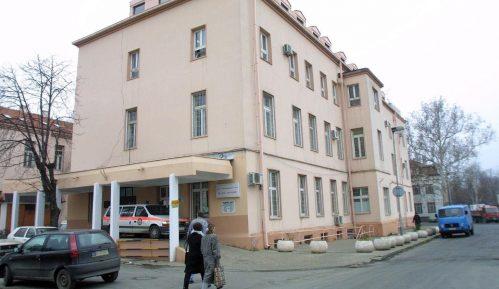 """Zaposlenima na Klinici """"Doktor Laza Lazarević"""" zabranjene rukavice osim za direktan kontakt 8"""
