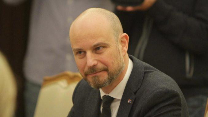 Mediji: Bilčik pokrenuo pitanje učešće Vojske Srbije na vežbi u Belorusiji 4