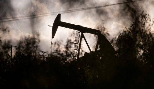 Pravo vreme da država kupi naftu 15