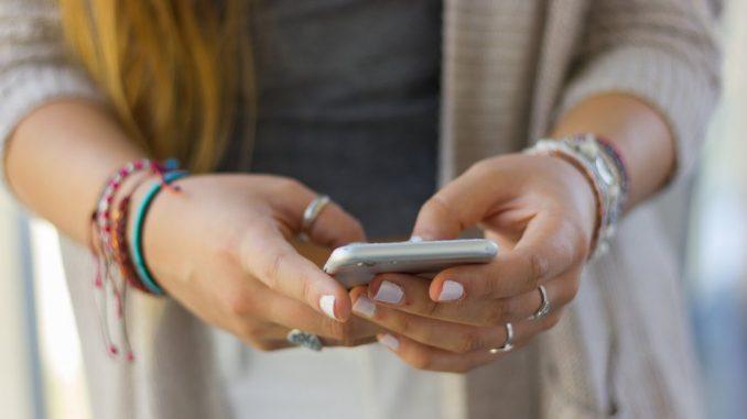 """Korona virus: Naučnici ocenili tvrdnje o 5G tehnologiji kao """"potpunu glupost"""" 3"""