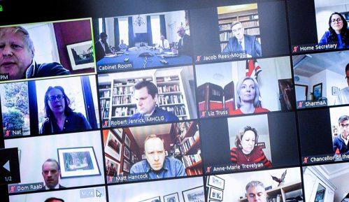 Korona virus i aplikacije za video poziv: Kako okupiti porodicu preko ekrana 12