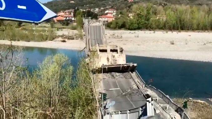Srušio se most u Italiji: Preživela dvojica vozača 2