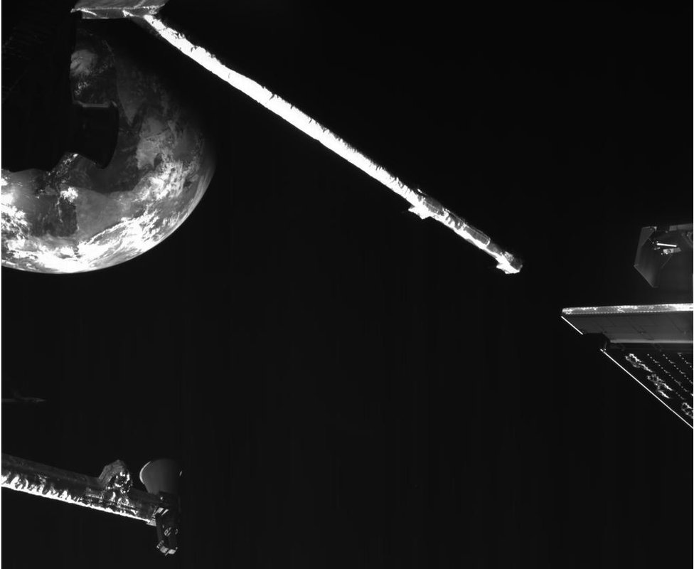 Earth viewed from BepiColombo by one of the onboard inspection cameras