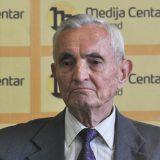 Tragedija je da se prodajom Komercijalne banke spasava Er Srbija 15
