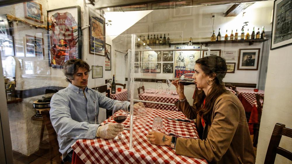 U Italiji restoranima i barovima dozvoljen rad i u zatvorenom 1