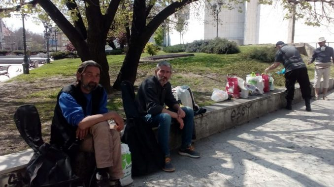 Akcija prikupljanja hrane za beskućnike u Novom Sadu 2