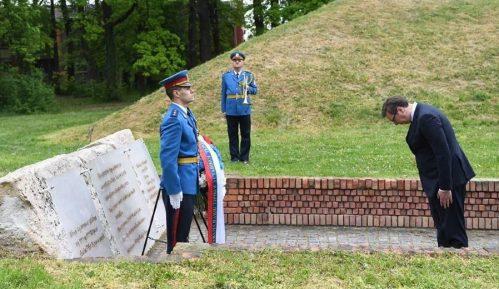 Vučić: Upravljamo svojom sudbinom, ne zaboravljamo genocid, ali promovišemo mir 1