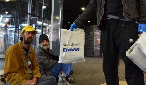 Građani se uključuju u Danasovu akciju doniranja novina beskućnicima 4