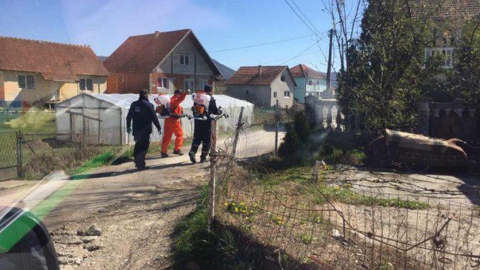 Pripadnici Vojske Srbije i Civilne zaštite grada Kraljeva dezinfikovali romsko naselje 2