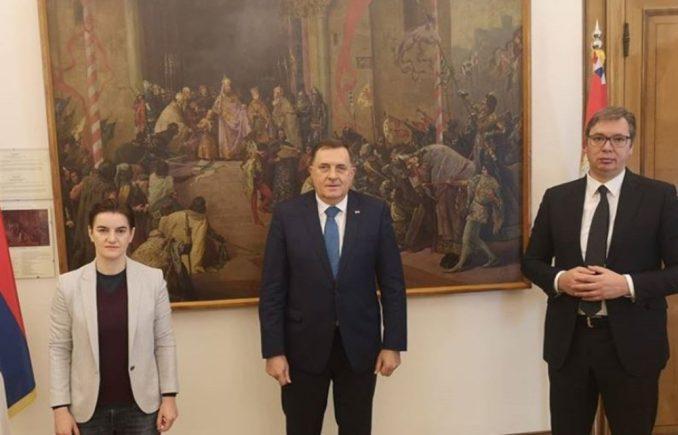 Dodik zatražio od Vučića respiratore 1