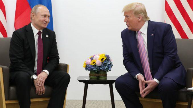 Kremlj: Tramp informisao Putina o predlogu da Rusija učestvuje na samitu G7 2