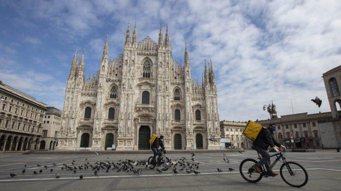 Andrea Bočeli nastupa u nedelju u praznoj Milanskoj katedrali 4