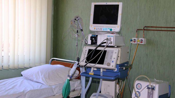 Vulin: VMC Karaburma spreman da primi pacijente 2