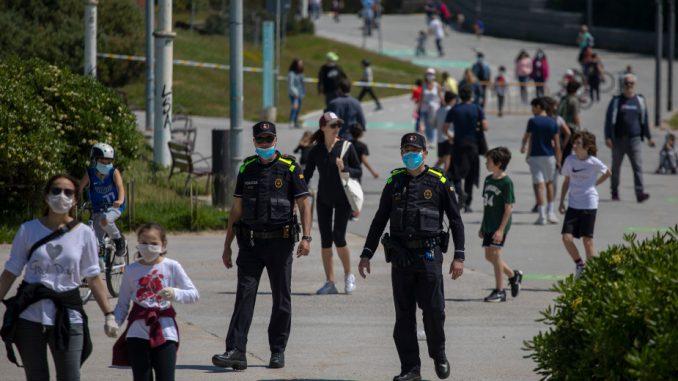 U Španiji deca izašla na ulice prvi put posle šest nedelja 2