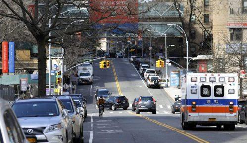 Njujork uvodi karantin za građane 16 američkih država 12