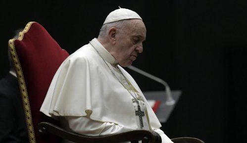 Papa Franja izrazio bliskost sa svima koji se bore protiv pandemije 2