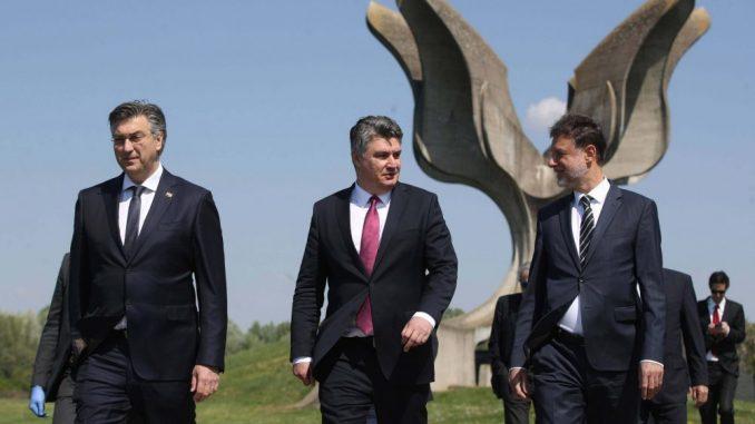 Kompletan državni vrh Hrvatske i predstavnici žrtava odali počast stradalima u logoru Jasenovac 4